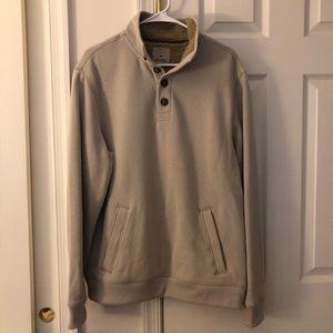 Arrow Men's Pullover Sweatshirt w/ Faux Fur Collar